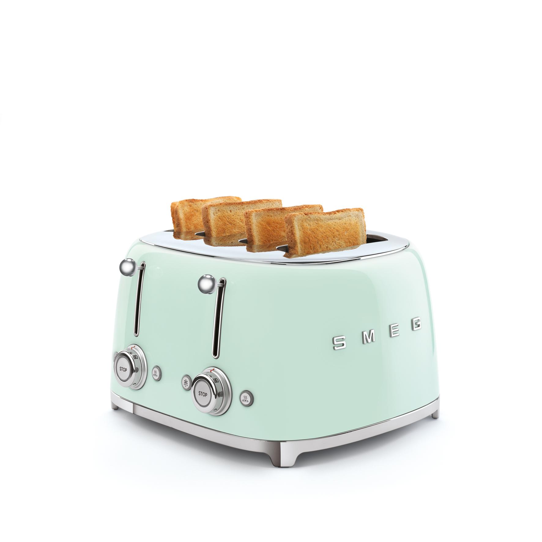 Innovativer Designer 4 Schlitz Doppel Toaster Von Smeg Kuchengerate Und Elektrogerate Aus Dem Mobelhaus Chemnitz Tuffner Mobelgalerie Tuffner Onlineshop