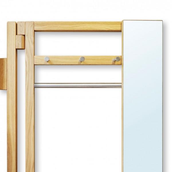 Garderobe aus Massivholz zum Schwenken, platzsparend und innovativ aus der Tuffner Manufaktur und Möbelhaus 1