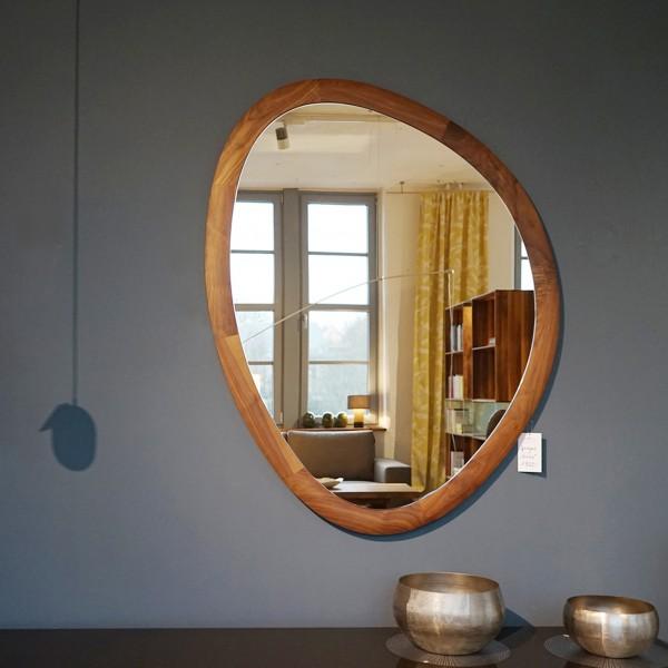 Italienischer Designer Spiegel Massivholz Rand vom Porada aus dem Möbelhaus Chemnitz, Tuffner Möbelgalerie