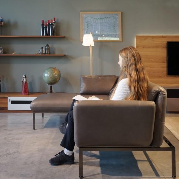 Brühl Designer Echt Ledersofa mit Funktionen aus dem Möbelhaus Chemnitz der Tuffner Möbelgalerie